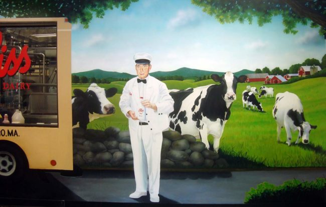 Bliss Dairy Farm Mural, 11′ x 8'5″, 2013, painted in Bliss Restaurant and Dairy, Attleboro, Massachusetts, by Artists Charles C. Clear III and Bonnie Lee Turner